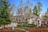 24677 Se 9th Place Sammamish WA, 98074