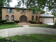 2382 Valleyview Drive Troy MI, 48098
