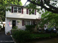 90 N Thomas Ave Kingston PA, 18704