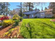 516 Charman St Oregon City OR, 97045