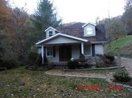 130 Right Fork Horseshoe Pikeville KY, 41501