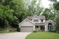 4513 Deerwood Dr Madison WI, 53716
