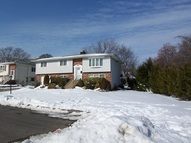 135 Audley Ct Copiague NY, 11726