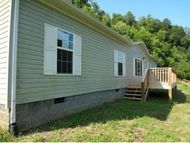 200 Raccoon Rd Nickelsville VA, 24271