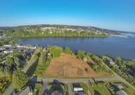 5th Ave Nw Poulsbo WA, 98370