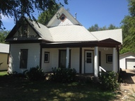 109 N Waldron Hutchinson KS, 67501
