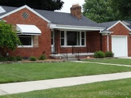 21831 Benjamin Saint Clair Shores MI, 48081