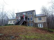 141 Bean Hollow Rd Flint Hill VA, 22627