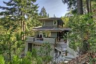545 Ashland Creek Dr Ashland OR, 97520