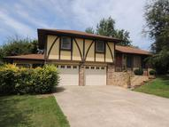 229 Highland Dr Boonville MO, 65233