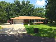 4011 Roberts Dr Anderson IN, 46013