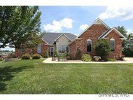 26 Oak Valley Maryville IL, 62062