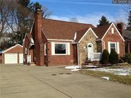153 30th St Northwest Canton OH, 44709