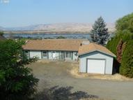 2111 E 10th St The Dalles OR, 97058