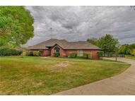 929 Valley View Circle Red Oak TX, 75154