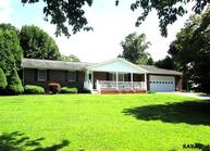 801 Forest Drive Abbottstown PA, 17301