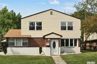 2577 Alder Ave East Meadow NY, 11554