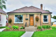 155 S 77th St Milwaukee WI, 53214