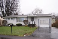 109 Lincoln Ave S Liverpool NY, 13088