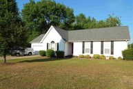 3586 Old Medina Oakfield TN, 38362