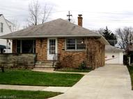 8021 Dresden Ave Parma OH, 44129