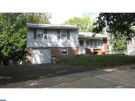 688 Pennhill Dr Langhorne PA, 19047