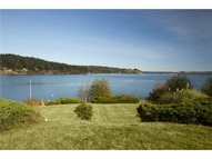631 S Point Rd Port Ludlow WA, 98365