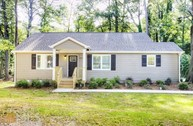 855 East Ave Scottdale GA, 30079