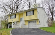 56 Woodlawn Ter Lake Hopatcong NJ, 07849