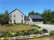 28 Page Pl Bloomfield NY, 14469