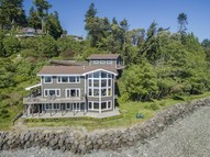 5492 Rockaway Beach Ne Bainbridge Island WA, 98110