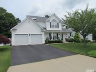 37 Manorview Way Manorville NY, 11949