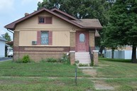 503 W Ray Avenue Christopher IL, 62822