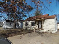 808 Russell West Helena AR, 72390