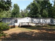 4812 Rabbit Run Dr Haw River NC, 27258