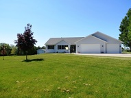 E9055 Klatt Rd New London WI, 54961
