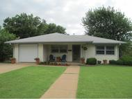 1018 N Kansas 1 Weatherford OK, 73096