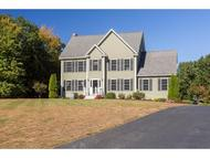 74 Mohawk Ln Brentwood NH, 03833