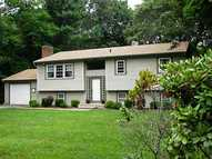 79 White Horn Dr Kingston RI, 02881