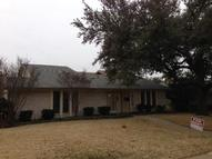 2704 Peach Tree Drive Carrollton TX, 75006
