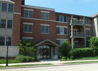 271 E Railroad Ave, Unit 301 Bartlett IL, 60103