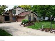 9884 Forestview Dr Strongsville OH, 44136