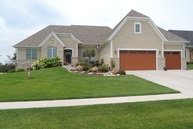12 Country Club Court Le Claire IA, 52753
