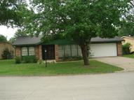 952 Crescent Dr Independence KS, 67301