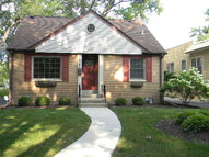 305 South Monterey Avenue Villa Park IL, 60181