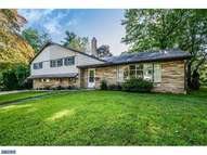 1526 Redwood Ln Wyncote PA, 19095