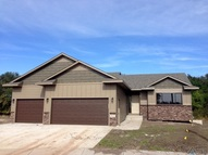 514 N Blair Estates Cir Canton SD, 57013