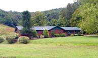 896 Snyder Run Horner WV, 26372