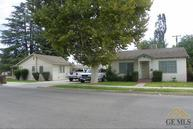 244 N Grant St Shafter CA, 93263
