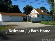 727 South Wood Street Staunton IL, 62088